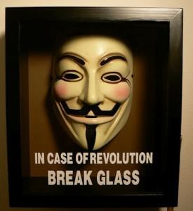 Que faire en cas de révolution ? anonymous brisez la glasse