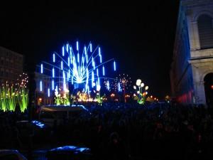 La fête des lumière à Lyon c'est aussi blindé de monde personne mairie illuminations