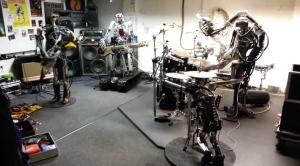 Le premier groupe de musique composé de robots