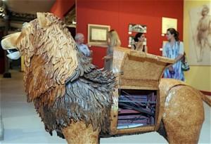 Leonard de Vinci auteur du premier robot quadrupedes lion