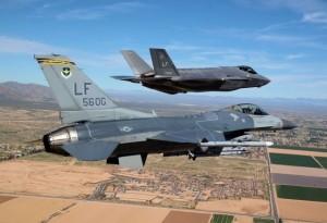 f35-f16 combat