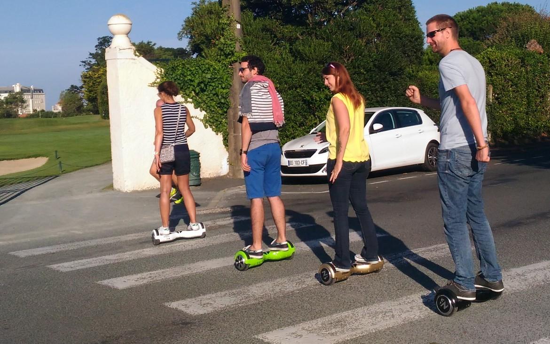 beatle passage pieton en hoverboard